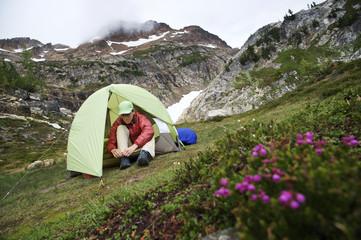 Backpacking Glacier Peak Wilderness