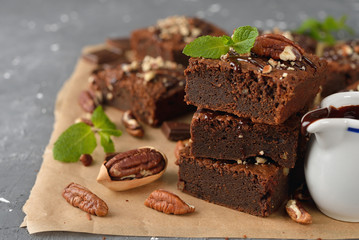 Chocolate brownies with nuts