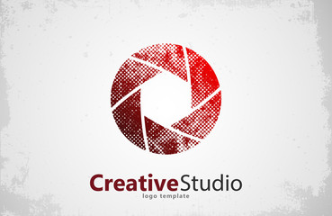Creative studio logo design. Camera logo. Creative logo. Shutter logo