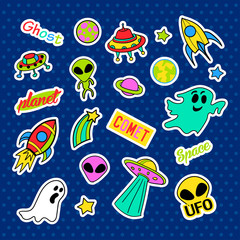 Fashion patch badges. Ufo set. Stickers, pins, patches and handwritten notes collection in cartoon 80s-90s comic style. Trend. Vector illustration isolated. Vector clip art.