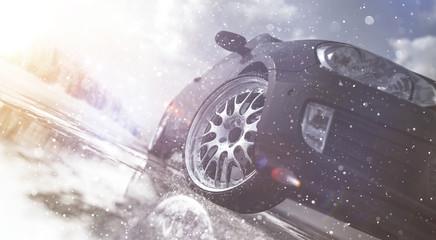 PKW mit Winterreifen
