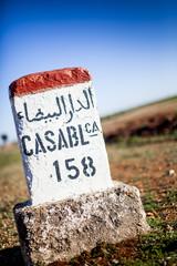 Straßenschild Casablanca 158 Kilometer