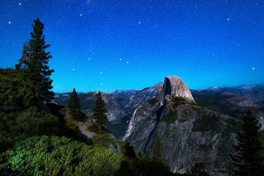 Beautiful stars over Glacier Point