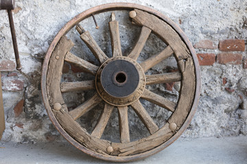 old wooden wheel in the farm