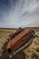 rostiges Autowrack, Hochformat