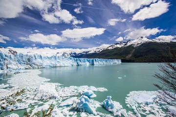 Gletscher Perito Moreno mit Gletschersee, Weitwinkelaufnahme