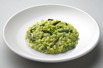 Dish of risotto with asparagus