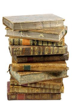 Stapel alter Bücher isoliert auf weißem Hintergrund