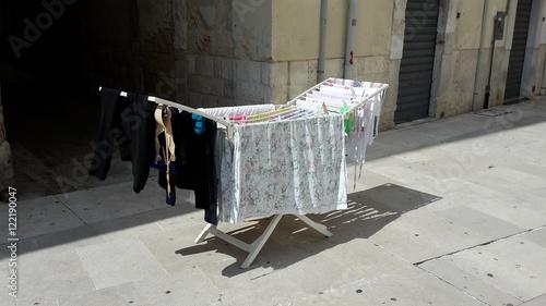 w sche trocknen in italien fotos de archivo e im genes libres de derechos en. Black Bedroom Furniture Sets. Home Design Ideas