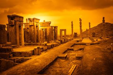 Ruins of the ancient city Persepolis Fototapete