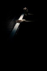 Photo sur Toile Musique Grand piano hands closeup