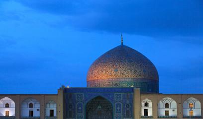 The Sheikh Lotfollah Mosque , Naghsh-i Jahan Square, Isfahan, Iran