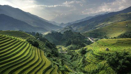 The beauty of the rice terraces and in the evening skies of Viet