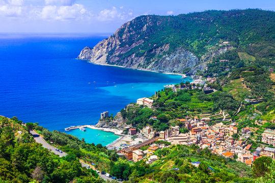 Italian holidays - picturesque scenery of Monterosso al mare - Cinque terre