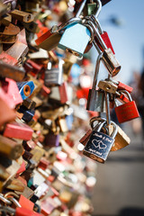 Forever Love - Die Liebesschlösser an Brücken