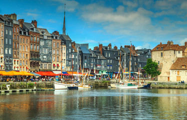 Traditional houses and boats in the old harbor,Honfleur,France Fototapete