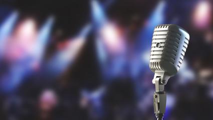 Microfono vecchio o vintage su palcoscenico