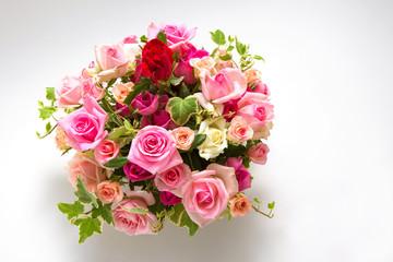バラの花 フラワーアレンジメント 俯瞰