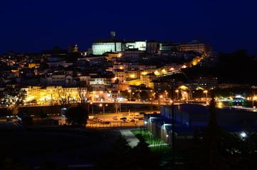 Caminhadas a noite pela cidade de Coimbra