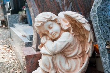 détail ange au cimetière