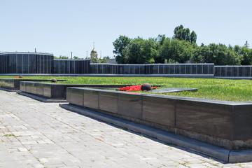 Братская могила солдат. Волгоградское мемориальное кладбище. Мамаев Курган, Волгоград, Россия