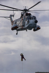 Hubschrauber Sikorsky Sea King, Luftrettung mit Bahre