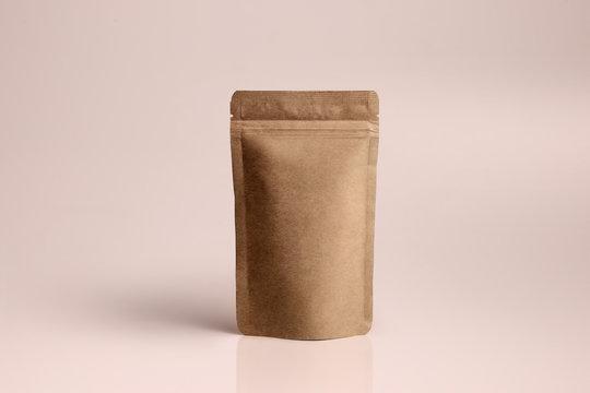 mockup картонная упаковка для кофе чая