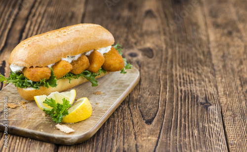 Fresh made snack sandwich with fish sticks for Fish stick sandwich
