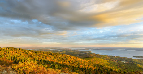 Fototapete - New England Coastline in Autumn Panorama
