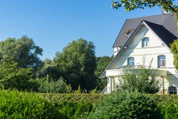 Grundstück mit Haus