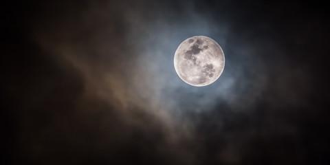 Pleine Lune .