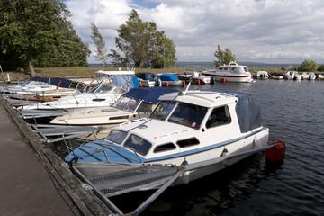 Hafen am Vättern See in Schweden