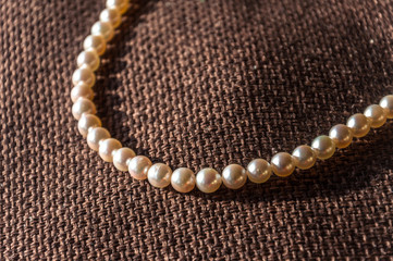 Elegant Jewelery: Japan Akoya Pearl Necklace