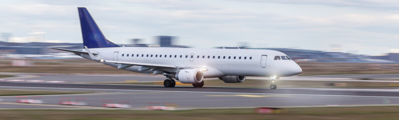 starting airplane speed blur