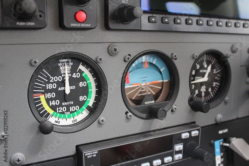Cessna 172 Instruments
