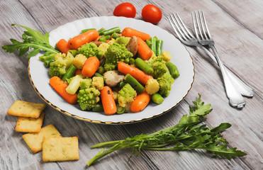 Dietary food salad of steamed vegetables