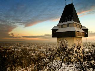 Grazer Uhrturm im Winter