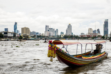 Long tail boat river chao Phraya Bangkok Skyline 2