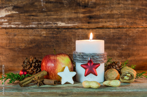 Weihnachten Rustikal Dekoration Advent Kerze Stockfotos