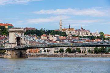 Kettenbrücke und Burgviertel in Budapest
