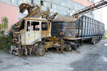 The burnt truck.