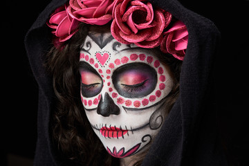 catrina skull with closed eyes