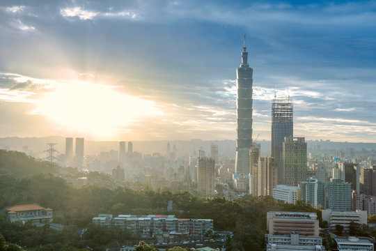 Taipei cityscape in sunset with dramatic sky and Taipei 101, skyscraper in Taiwan.