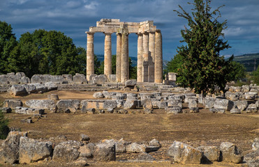 Zeus Tempel von Nemea. Griechenland, Peloponnes,16137.jpg