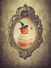 Gilt Frame With Halloween Cupcake