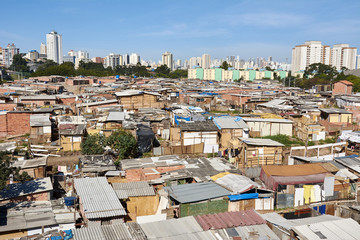 Slum and building popular in Sao Paulo. Illegal and fragile constructions near