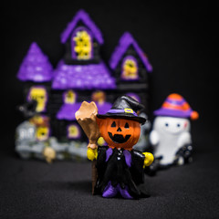 Halloween Ghost party toy purple house black background