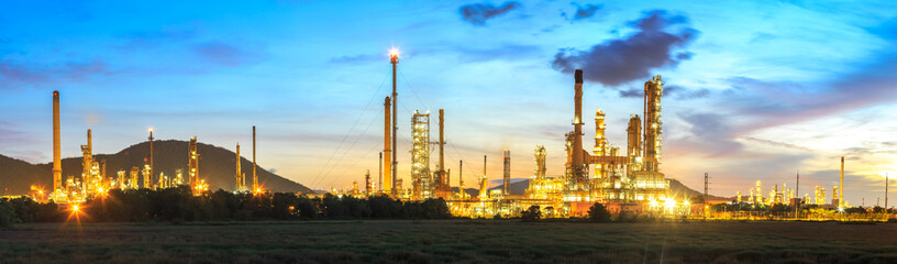 Twilight of oil refinery plant.Panorama.