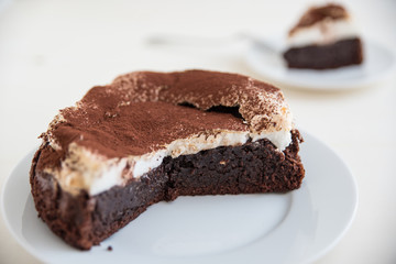 Schokoladentorte mit Baiserhaube