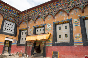 Tibet architecture. Its religious structure is influenced by Mongol style.